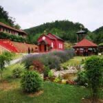 Melemi bez zrnca hemije manastira Tomić