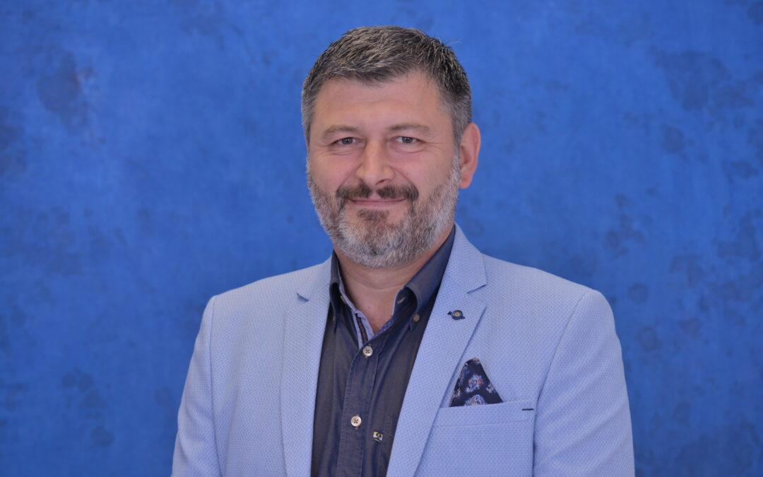 Dr Vladimir Stojiljković, plastični  hirurg: tri tajne lepote